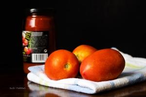 tomate-natural-y-bote